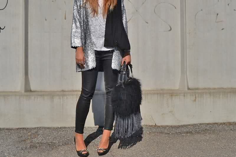 Leggings and fringe bag, Santhià, Italy street style