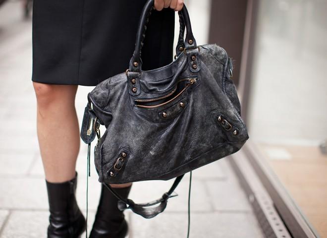 Bag Crush / Balenciaga Street Style