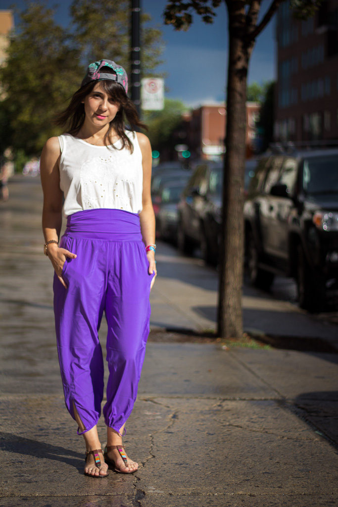 Lululemon pants, Montreal street style