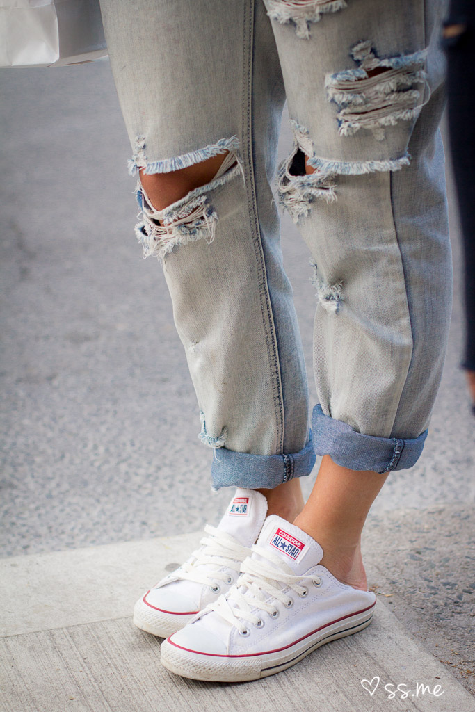 Ripped Jeans Toronto Street Style-1-2