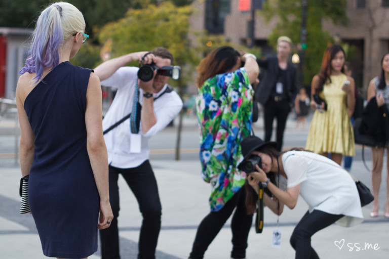 How To Get Photographed At Fashion Week
