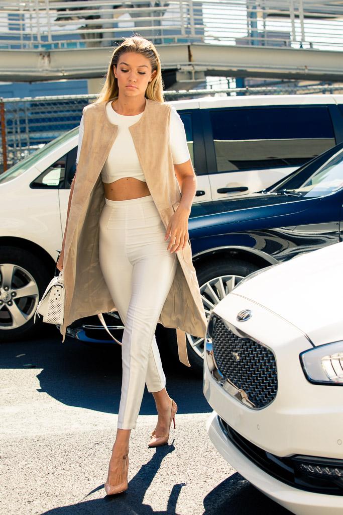 NYFW Serena William Fashion Show Street Style X StreetScout.Me-16