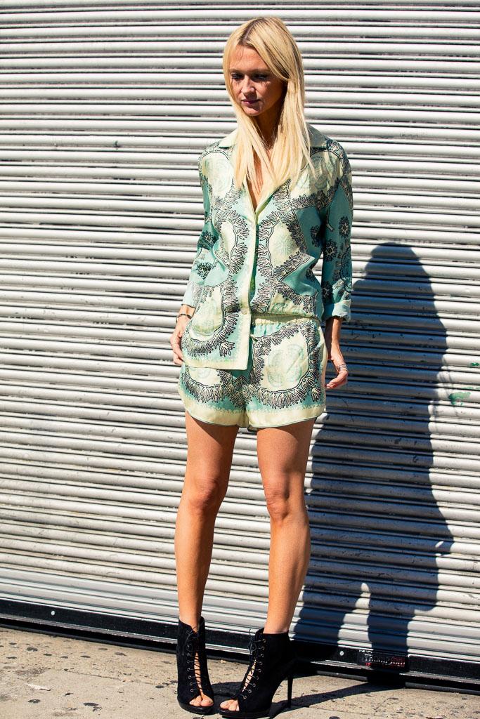 NYFW Serena William Fashion Show Street Style X StreetScout.Me-25